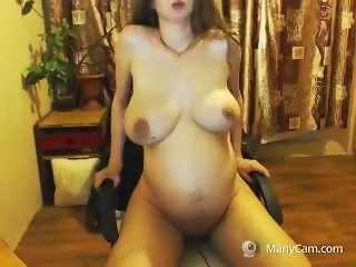 Russian pregnant girl masturbates until squirt