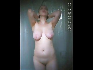 Voy Busty Shower