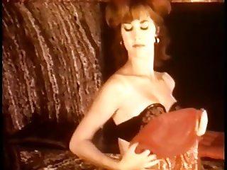 Gaby Ryke - Lady in Red
