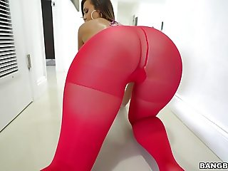 Big ass Kelsi Monroe has Anal
