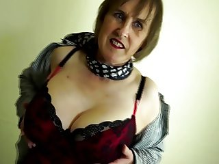 Busty real granny with thirsty old cunt