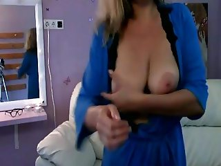 Long Legged Mature with Big Tits need fucked