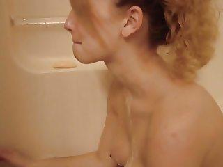 Pregnant bath time