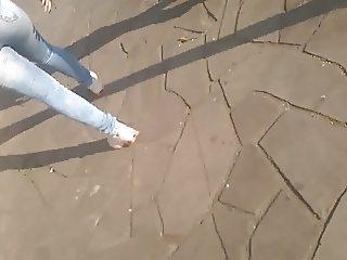 #MORENA cavalona rabuda deliciosa jeans colado