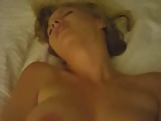 Slut cumming for daddy with a plug in her asshole