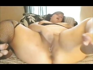 Horny chubby BBW spreading and cumming wet creamy pussy