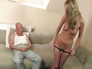 Annieke gets scolded by grandpa