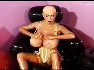 Minka, Transparent Rubber