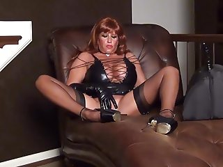 Mistress Samantha Teases You.