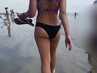 Candid 05 nice ass walking jiggling beach hidden cam slow mo