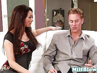 Pornstar Angel Reed blowing tenants cock