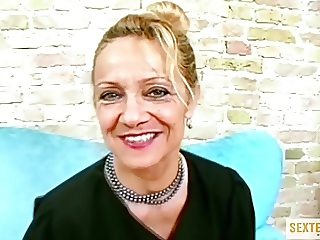 Geile rasierte Oma will den BigDick FICKEN!!!