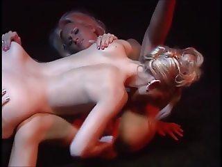 Hot lesbian threeway