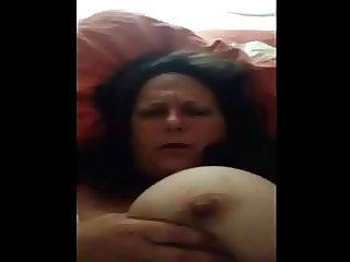 MILF Flashing Big Tits & Nipple