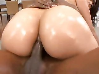 Sophia's Big Beautiful Butt Take BBC !
