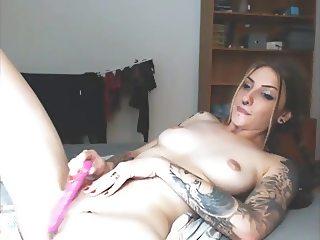 Camgirl Jessijones Smoking + Masturbation