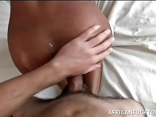 African cocksucker paid back doggystyle