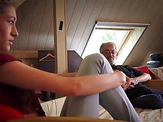 Razz- incredibilmente fantastica scena nonno e nipotina