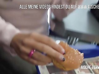 Public Blowjob im Fastfood Laden