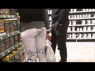 spyshot nice asses in leggins hidden cam in public