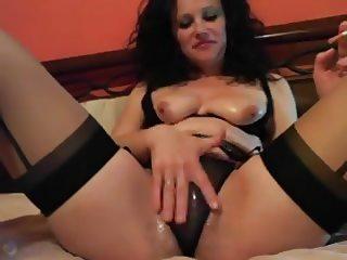 Amateur Milf Kinky Cam Show